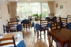 capri-hotel-dining-room-02